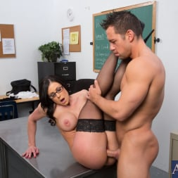 Kendra Lust in 'Naughty America' and Johnny Castle in My First Sex Teacher (Thumbnail 15)