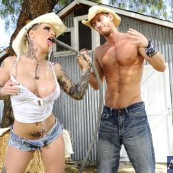 Christy Mack in 'Naughty America' and Ryan Mclane in Naughty Country Girls (Thumbnail 4)