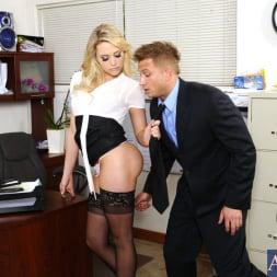Mia Malkova in 'Naughty America' and Bill Bailey in Naughty Office (Thumbnail 3)
