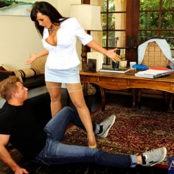 Lisa Ann in 'Naughty America' and Bill Bailey in My First Sex Teacher (Thumbnail 3)