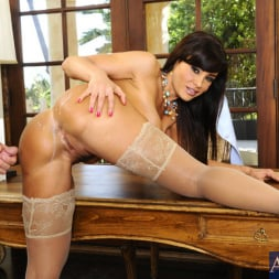 Lisa Ann in 'Naughty America' and Bill Bailey in My First Sex Teacher (Thumbnail 11)