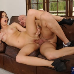 Hope Howell in 'Naughty America' and Will Powers in I Have a Wife (Thumbnail 14)