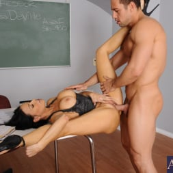 Vanilla DeVille in 'Naughty America' and Johnny Castle in My First Sex Teacher (Thumbnail 13)