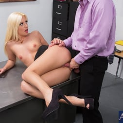 Jessie Volt in 'Naughty America' and Bill Bailey in Naughty Office (Thumbnail 5)