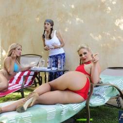 Capri Cavanni in 'Naughty America' 2 Chicks Same Time (Thumbnail 14)