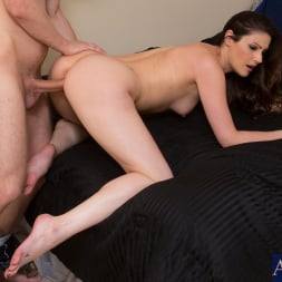 Samantha Ryan in 'Naughty America' and Danny Wylde in My Wife's Hot Friend (Thumbnail 4)