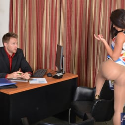 Rahyndee James in 'Naughty America' and Levi Cash in Naughty Office (Thumbnail 2)