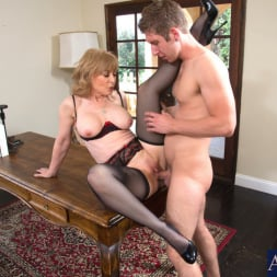 Nina Hartley in 'Naughty America' and Danny Wylde in Seduced by a cougar (Thumbnail 6)