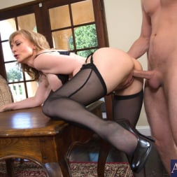 Nina Hartley in 'Naughty America' and Danny Wylde in Seduced by a cougar (Thumbnail 7)