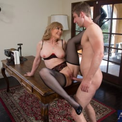 Nina Hartley in 'Naughty America' and Danny Wylde in Seduced by a cougar (Thumbnail 12)