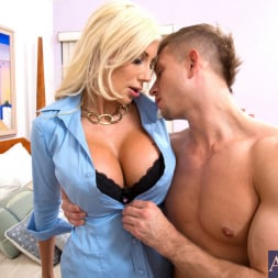 Puma Swede in 'Naughty America' and Bill Bailey in My Girlfriend's Busty Friend (Thumbnail 3)