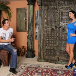 Angelina Valentine in 'Naughty America' and Billy Glide in I Have a Wife (Thumbnail 1)