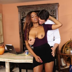Tori Taylor in 'Naughty America' and Giovanni Francesco in Naughty Office (Thumbnail 4)