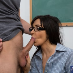 Diana Prince in 'Naughty America' and Danny Wylde in My First Sex Teacher (Thumbnail 12)