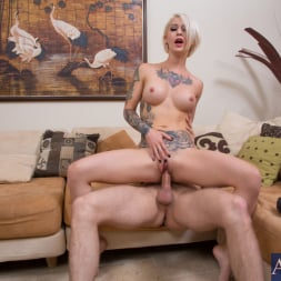 Kleio Valentien in 'Naughty America' and Danny Wylde in My Sisters Hot Friend (Thumbnail 8)