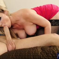 Abbey Brooks in 'Naughty America' and Michael Vegas in My Dad's Hot Girlfriend (Thumbnail 6)