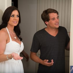 Kendra Lust in 'Naughty America' and Tyler Nixon in Seduced by a cougar (Thumbnail 1)
