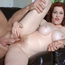 Mae Victoria in 'Naughty America' and Jordan Ash in My Friends Hot Mom (Thumbnail 15)