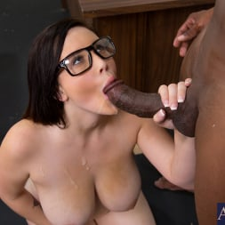 Noelle Easton in 'Naughty America' and Prince Yahshua in Naughty Bookworms (Thumbnail 15)