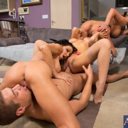 Jessica Jaymes in 'Naughty America' I Have A Wife (Thumbnail 15)