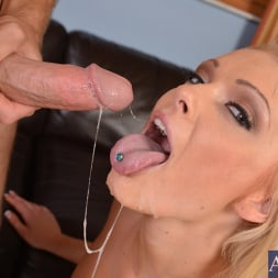 Zoey Paige in 'Naughty America' and Levi Cash in My Sisters Hot Friend (Thumbnail 11)
