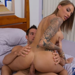 Juelz Ventura in 'Naughty America' and Johnny Castle in My Girl Loves Anal (Thumbnail 14)