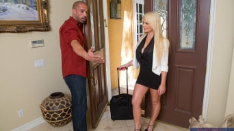 Alexis Ford in 'and Karlo Karrera in I Have a Wife'