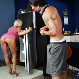 Misty Vonage in 'Naughty America' and Alan Stafford in My Friends Hot Mom (Thumbnail 1)
