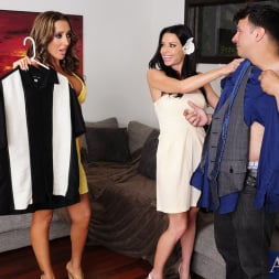 Richelle Ryan in 'Naughty America' Richelle Ryan, Veronica Avluv and Anthony Rosano in 2 Chicks Same Time (Thumbnail 2)