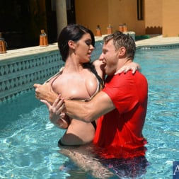 Riley Grey in 'Naughty America' and Levi Cash in My Sisters Hot Friend (Thumbnail 2)