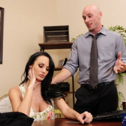 Alektra Blue in 'Naughty America' and Johnny Sins in Naughty Office (Thumbnail 2)