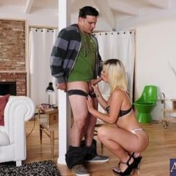 Tara Lynn Foxx in 'Naughty America' and Anthony Rosano in Neighbor Affair (Thumbnail 5)