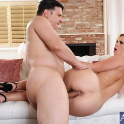 Tara Lynn Foxx in 'Naughty America' and Anthony Rosano in Neighbor Affair (Thumbnail 9)