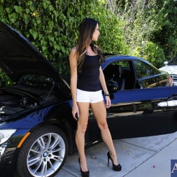 Kortney Kane in 'Naughty America' and Johnny Sins in My Dad's Hot Girlfriend (Thumbnail 1)