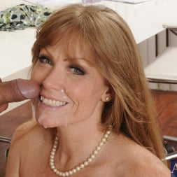 Darla Crane in 'Naughty America' and Anthony Rosano in My Friends Hot Mom (Thumbnail 15)