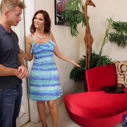 Syren De Mer in 'Naughty America' and Bill Bailey in Seduced by a cougar (Thumbnail 2)
