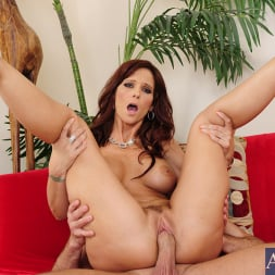 Syren De Mer in 'Naughty America' and Bill Bailey in Seduced by a cougar (Thumbnail 14)