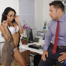 Gulliana Alexis in 'Naughty America' and Johnny Castle in Naughty Bookworms (Thumbnail 2)