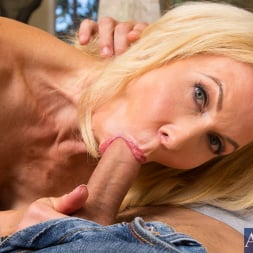 Erica Lauren in 'Naughty America' and Mr. Pete in Seduced by a cougar (Thumbnail 12)
