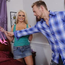 Alexis Ford in 'Naughty America' and Erik Everhard in My Wife's Hot Friend (Thumbnail 2)