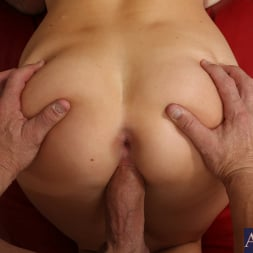 Chanel Preston in 'Naughty America' and Billy Glide in Housewife 1 on 1 (Thumbnail 10)