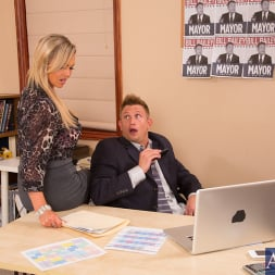 Abbey Brooks in 'Naughty America' and Bill Bailey in Naughty Office (Thumbnail 2)