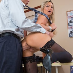 Abbey Brooks in 'Naughty America' and Bill Bailey in Naughty Office (Thumbnail 6)