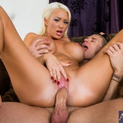 Summer Brielle in 'Naughty America' and Michael Vegas in My Friends Hot Mom (Thumbnail 15)