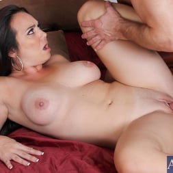 Holly West in 'Naughty America' and Bill Bailey in My Friend's Hot Girl (Thumbnail 15)
