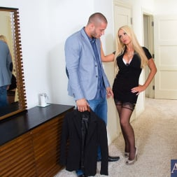Nikki Benz in 'Naughty America' and Danny Mountain in My Wife's Hot Friend (Thumbnail 2)
