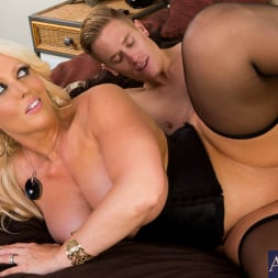 Alura Jenson in 'Naughty America' and Cody Sky in Seduced by a cougar (Thumbnail 15)