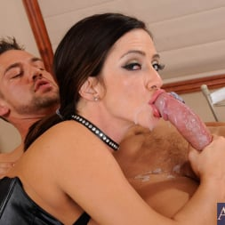 Ariella Ferrera in 'Naughty America' and Johnny Castle in Latin Adultery (Thumbnail 11)