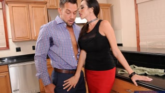 Ariella Ferrera en 'and Johnny Castle in Latin Adultery'