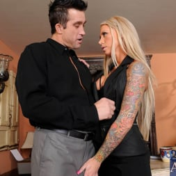 Lolly Ink in 'Naughty America'  and Billy Glide in Naughty Office (Thumbnail 3)
